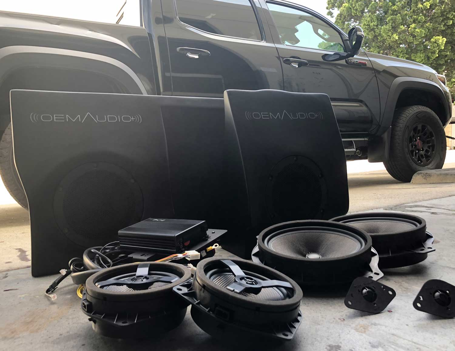 Tacoma (Dbl Cab) - OEM Audio Plus
